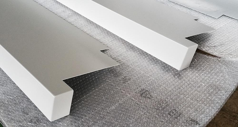 Davanzali in alluminio alusill referenze - Soglie per finestre ...